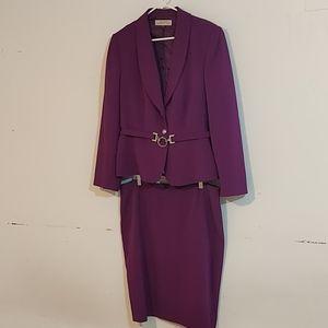 Tahari 2 pc skirt/blazer suit sz 18